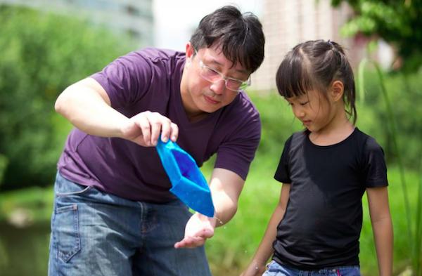 Đâu là cách học cùng con tốt nhất cho ba mẹ hiện đại